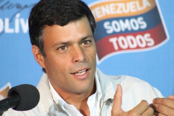 MANIFIESTO DE JURISTAS POR LOS DERECHOS HUMANOS EN VENEZUELA